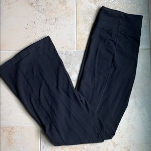 Size 10 Tall Groove Pants. Lululemon